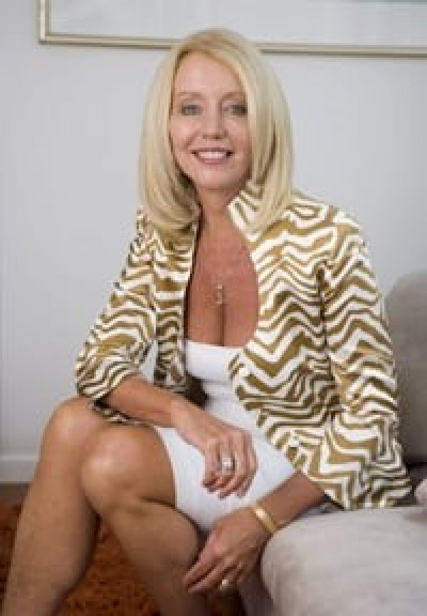 Pamela Noon Cosmetic Surgery